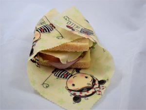 Servetele ecologice cu ceara de albine hello girl